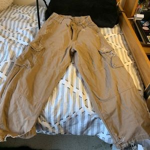 Beige Lf distressed cargo pants